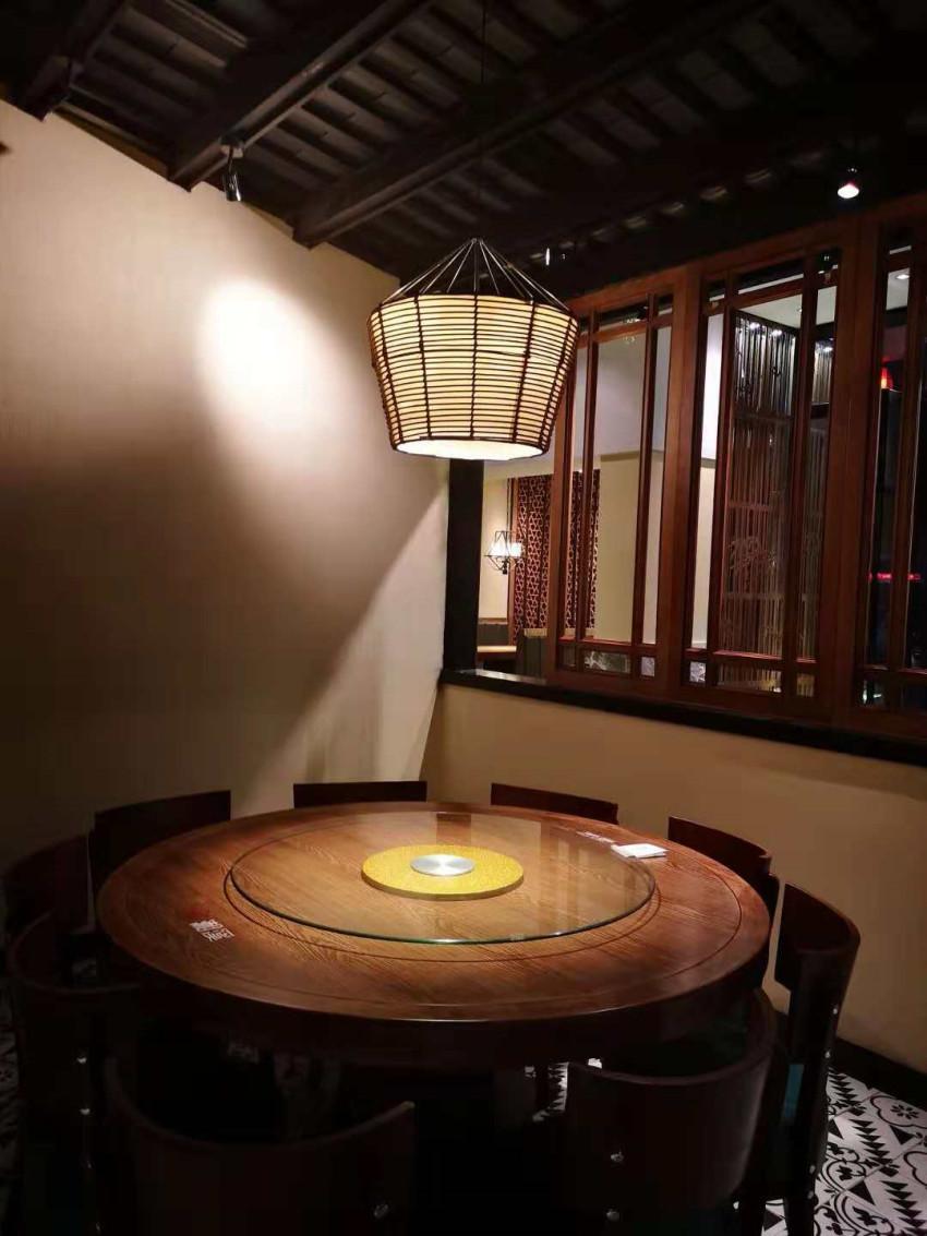 餐厅用什么灯好?餐厅灯怎么选购?