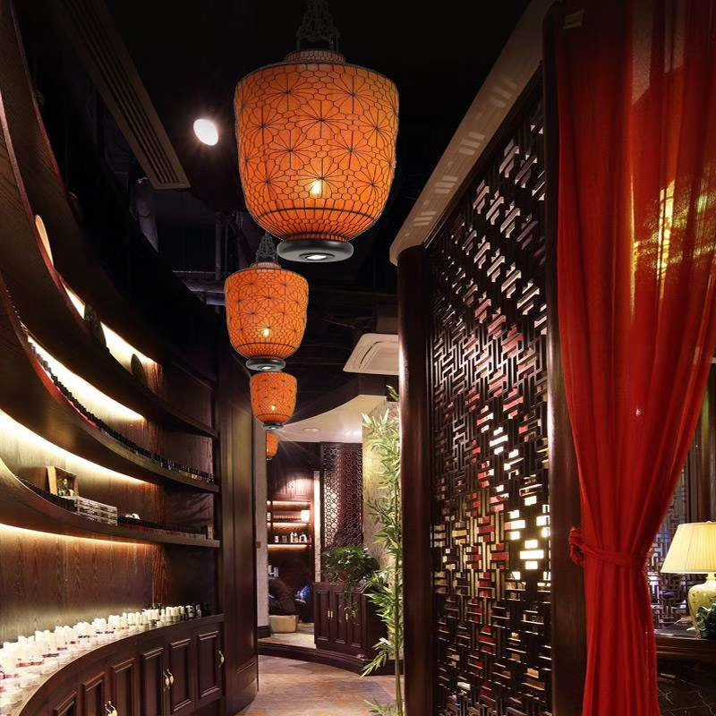 好的灯光让餐饮空间更有层次感
