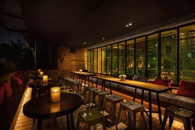 餐厅灯光对就餐环境的影响