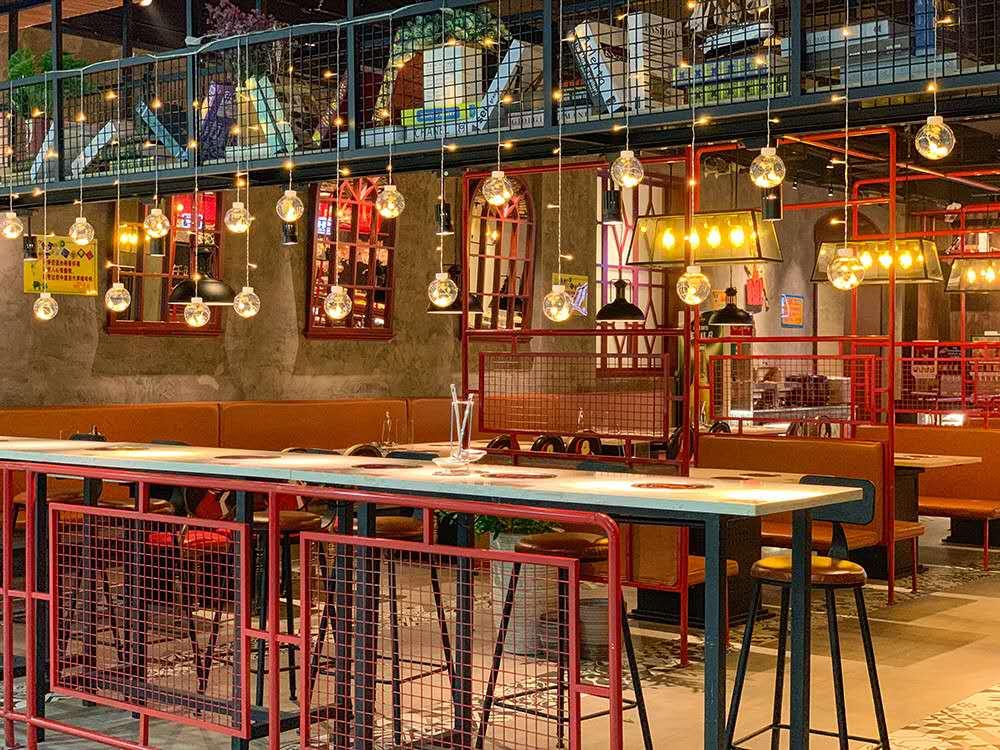 在餐厅灯光设计的中,以下几个位置要特别注意