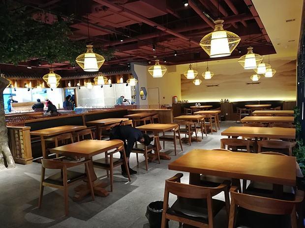 云联惠餐饮照明餐厅设计.jpg