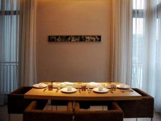 如何使用灯光创造正确的用餐氛围?