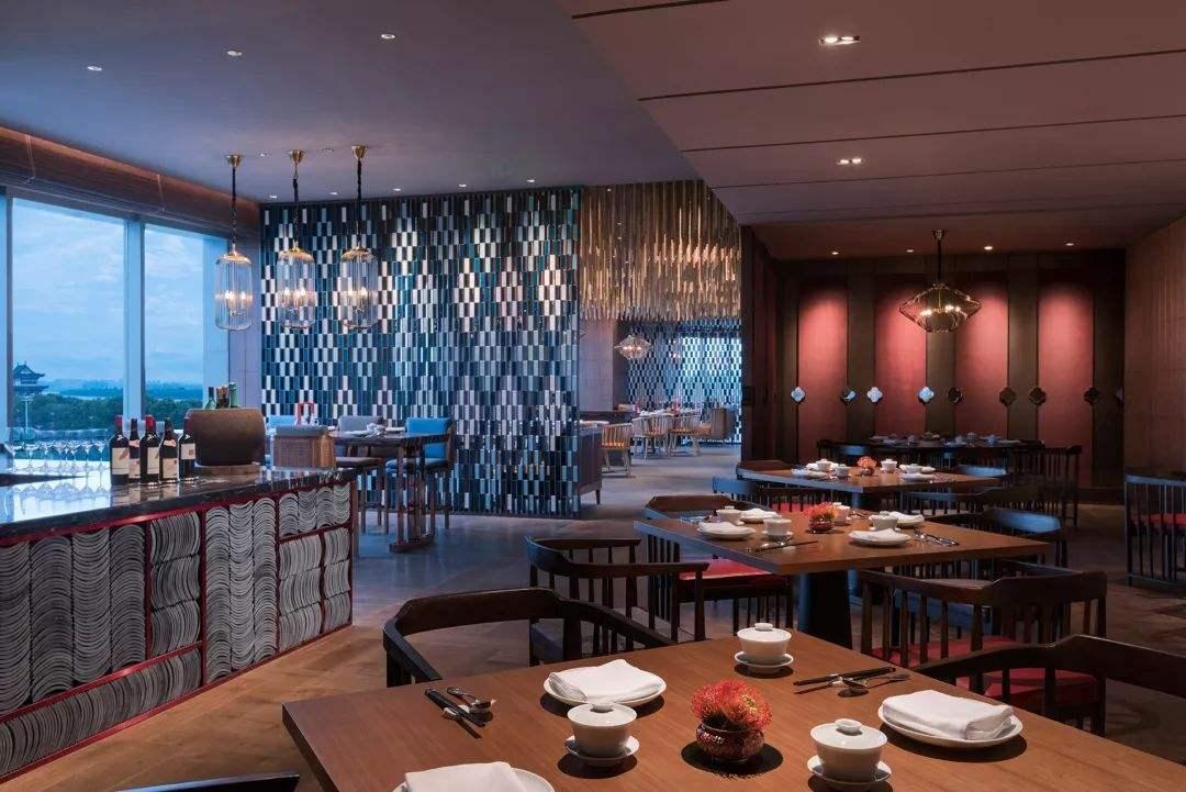 选择好餐厅灯,营造舒适的就餐氛围