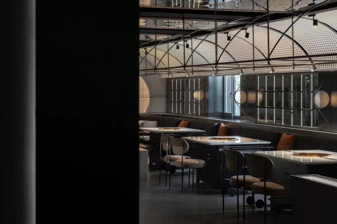顾客喜欢的餐厅都是在这里做灯光设计的